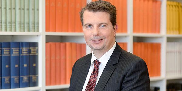 Gerd Stelzer, Peters Rechtsanwälte