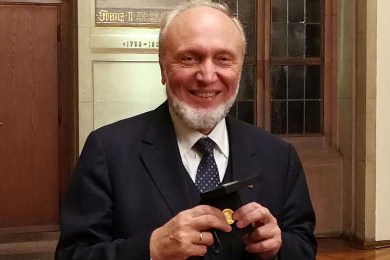 Prof. Hans-Werner Sinn erhält Friedrich-List-Medaille des bdvb, News